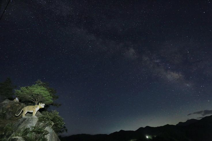 범바위 은하수.서지서 사진
