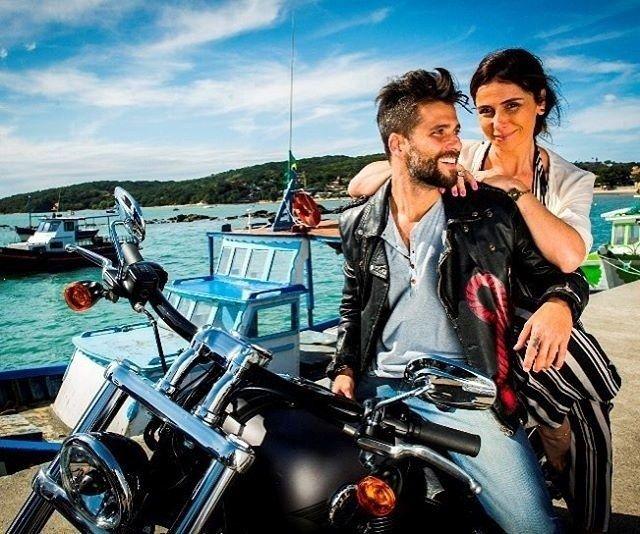 Giovanna Antonelli e Bruno Gagliasso vivem amor entre amigos em nova novela #Ator, #BrunoGagliasso, #Filha, #GiovannaAntonelli, #Globo, #M, #Nova, #Novela, #Protagonistas, #Suzana http://popzone.tv/2016/06/giovanna-antonelli-e-bruno-gagliasso-vivem-amor-entre-amigos-em-nova-novela.html