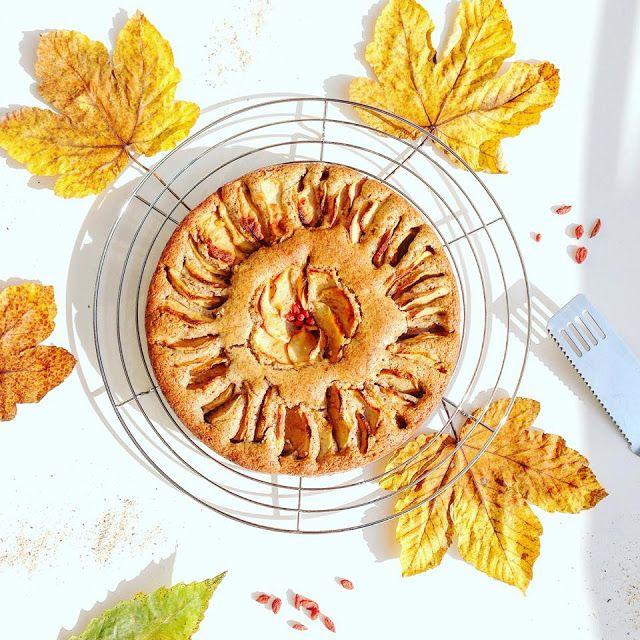 Torta di mele Renette al grano saraceno con bacche di Goji - Vegan Gluten Free -