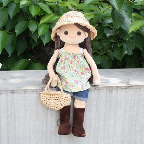 着せ替え人形アニカの麦わら帽子とかごバッグの作り方|人形 ...