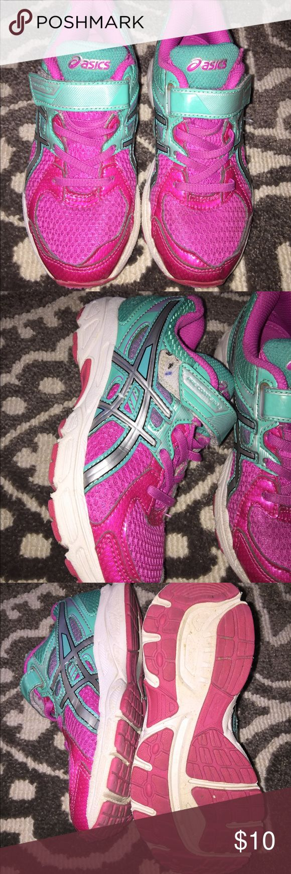 Asics girls tennis shoes Asics girls tennies size 13 - gently used good condition - worn one season Asics Shoes Sneakers