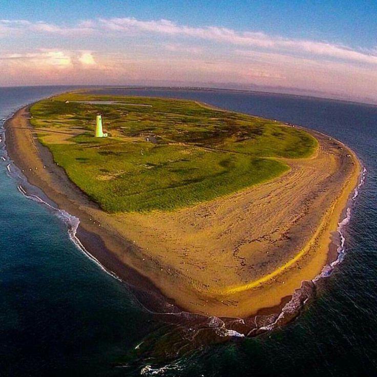 #Lighthouse on an island by itself!    http://dennisharper.lnf.com/