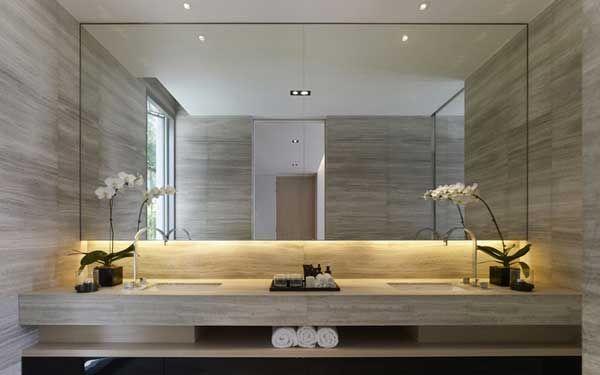 specchio bagno con led