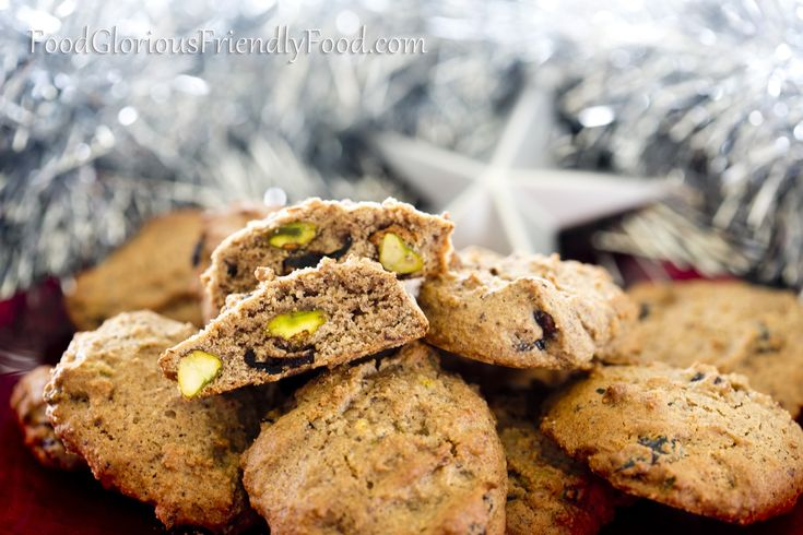 Christmas Cookies- Gluten/dairy/egg/refined sugar free.   http://www.foodgloriousfriendlyfood.com/1/post/2013/12/christmas-cookies.html
