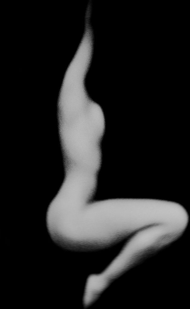 i really like when the body has no face in nude art.  this is really neat