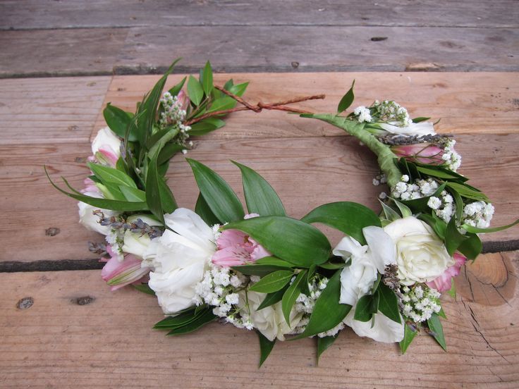 Flower crown made with lisianthus, baby's breath, spray roses, alstroemeria, myrtle and Italian ruscus | created by Natasha Price of Alaskaknitnat.com