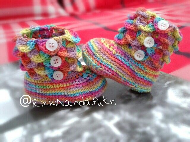 rainbow baby shoes #crochet #16ch