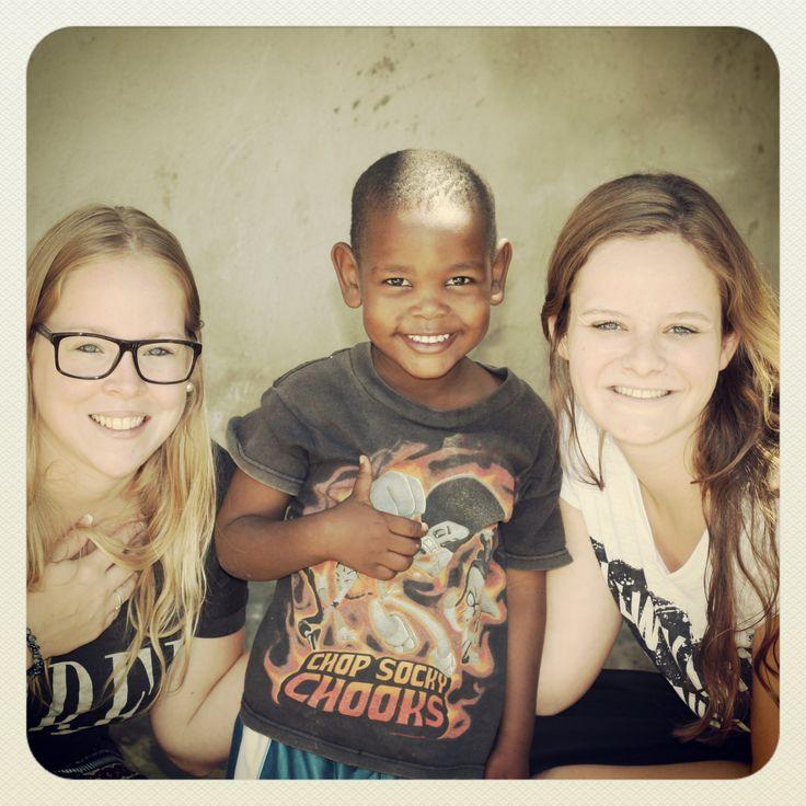 In 2010 is Kwagala opgericht om eerlijke en duurzame projecten in ontwikkelingslanden te ondersteunen middels vrijwilligers, studenten en donaties. Nu, vier jaar later, is Kwagala klaar om haar eigen project te gaan starten in Tanzania. Wordt fan van dit project: http://voordewereldvanmorgen.nl/Kom_in_actie/ASN_Bank_Wereldprijs/Projecten/kwagala_health_care_center