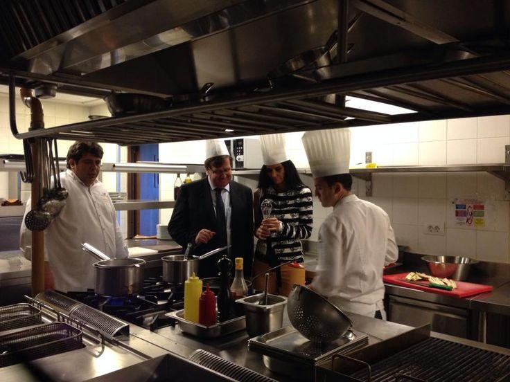 In the kitchen of NARR Restaurant with our Executive Chef Murat Eren.  Narr Restaurant'ın mutfağında Baş Aşçımız Murat Eren ile birlikte.   #sheraton #bursa #sheratonbursa #hotel #narr #restaurant #finedining #kitchen #photoshoot #generalmanager #executive #chef #murateren #betterwhenshared