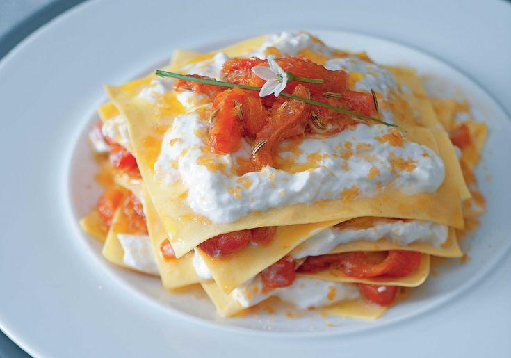 Lasagnette con peperoni, bottarga di tonno e burrata