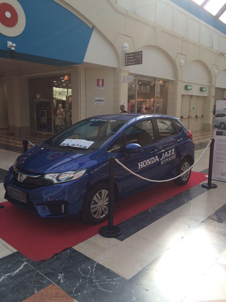 """Ti Aspettiamo al centro commerciale """"Auchan"""" di Mazzano (Bs) con Honda Jazz. Per info chiama Sinauto al n° 030/2120132 #sinauto #honda #jazz #mazzano #auchan"""