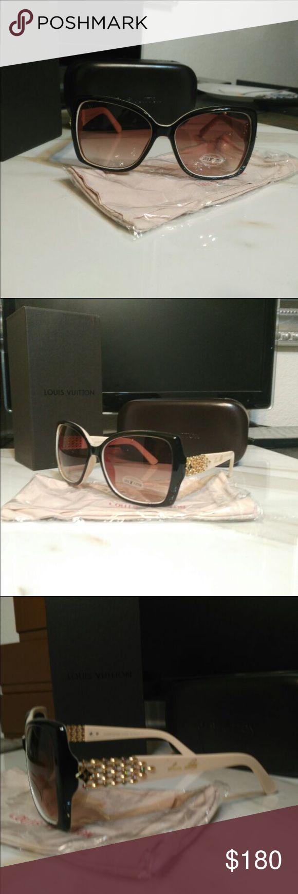 New Louis vuitton sunglasses Hi. I'm selling New Louis vuitton sunglasses look beautiful Louis Vuitton Accessories Sunglasses