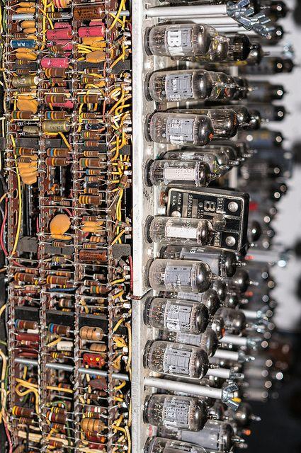 IBM Vacuum Tube Computer.