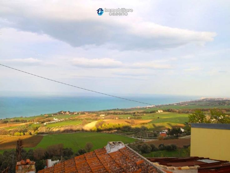 http://immobiliarecaserio.com/Property_with_sea_view_for_sale_at_low_prices_in_Molise_Petacciato_Italy_2164.html