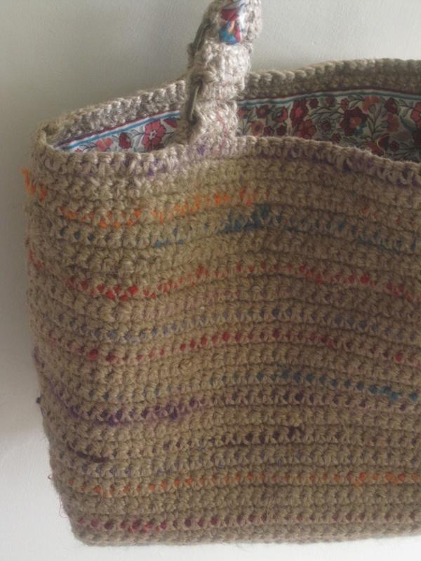 BOHEMIAN TOTE  a gorgeous basket-style tote more details: http://beashive.co.uk/bohemian-tote/