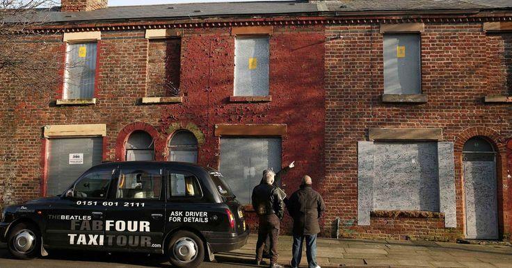 Fã compra casa de infância de Ringo Starr, dos Beatles, por R$ 364 mil