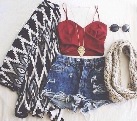Conjunto de ropa. Perfect beauty                                                                                                                                                                                 Más