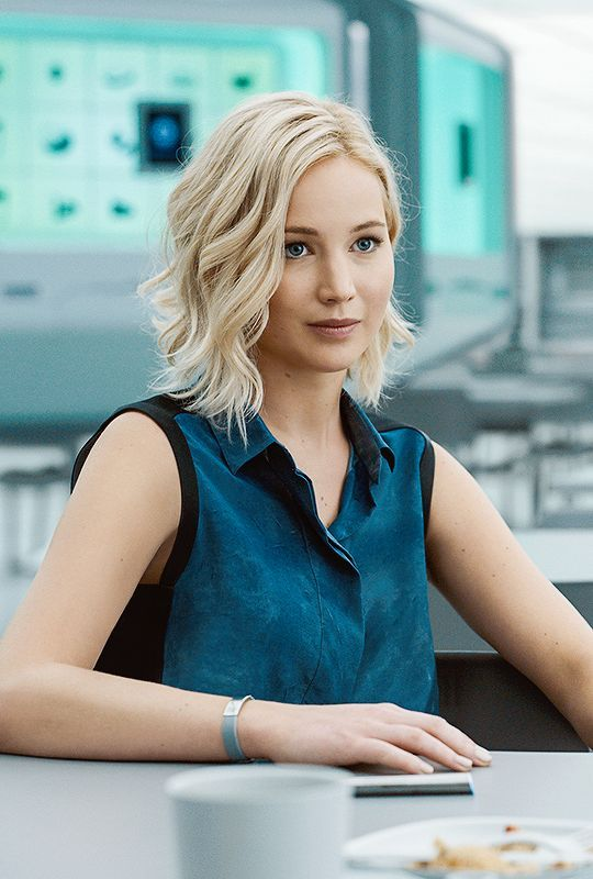Jennifer Lawrence hair - Passengers