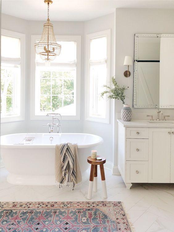 7 Cozy Decorating Ideas For A Design On A Budget Daily Dream Decor Badezimmer Design Badezimmer Renovieren Und Badezimmer Dekor