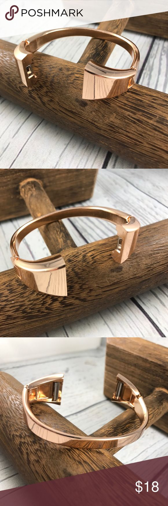 Rose Gold Fitbit Charge 2 Bangle Bracelet Band This is a replacement band. Not Fitbit Brand. Generic. Rose Gold Bracelet style. In very good condition with minor tiny scuffing.  Size small medium Generic Accessories Watches