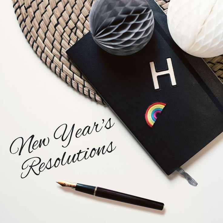 A new chapter begins! We keep track of all our new years resolutions with customized notebooks. Have you personalized yours yet with our fabric patches?  Link to our versatile embroidered fabric patches: http://amzn.kalibri.de/new-patches  #kalibri #customized #minimalism #iphone #lifestyle #lipstick #personalized #ootd #berlin #hülle #phone #mobileaccessories #patch #patches #etui #getpatched