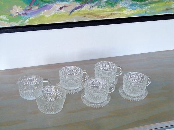 Iittala Kastehelmi Dew Drops Set 4 cups and saucers, plus cream and sugar by MindenShop