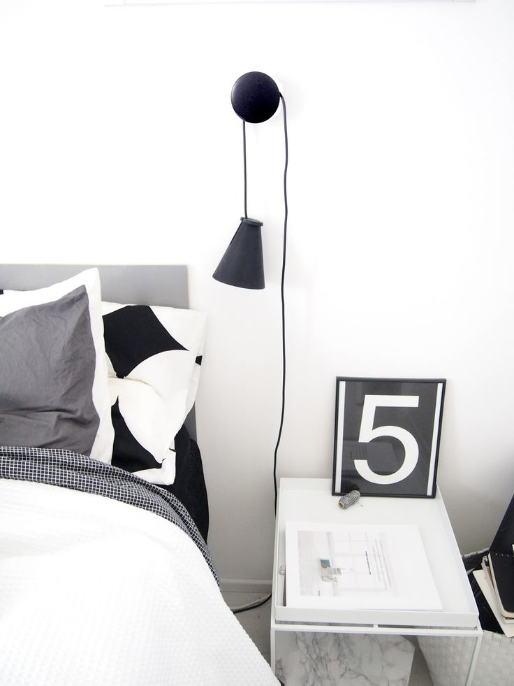 Muuto Dots with Menu Bollard in bedroom