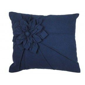 Kussen Clare € 18,50 http://www.zusenzowonen.nl/textiel/sierkussens/linen--more-kussen-clare-