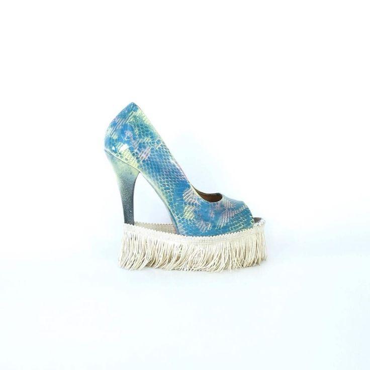 Bastardisation Sculpture Shoes Collection # 19  by Daniel González D.G.Clothes Project ---- shop'm now ---- #юбкапачка #юбка #юбки #мода #стиль #неопрен #новыйгод #новыйгод2017 #скороновыйгод #новыйгодкнаммчится #корпаратив #новогодний #новогоднийнаряд #чтоодетьнановыйгод #dress #платье #новоеплатье #шоурум #dresses #шоуруммосква #хочуновоеплатье #fashion #art #artsy #pumps #silk #instapics