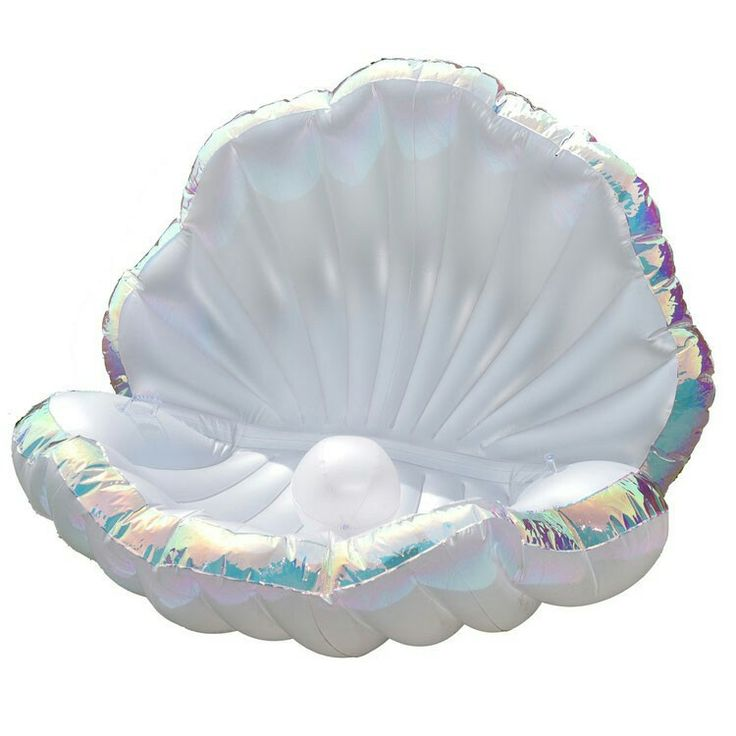 Pucapuca seashell pool float. Very cool!