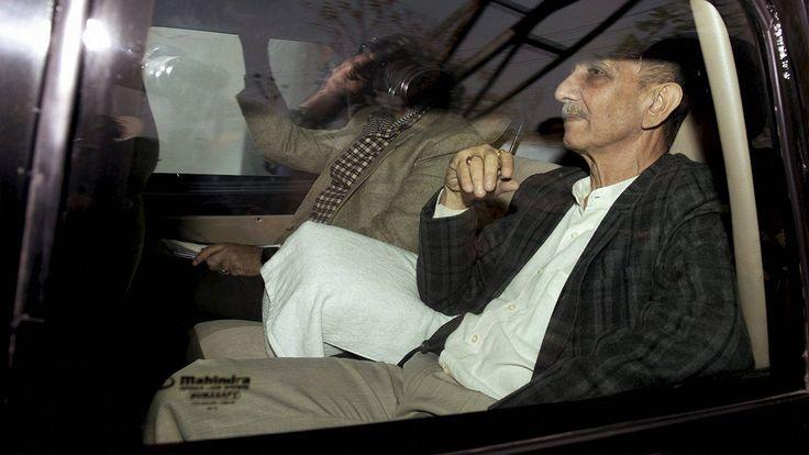Jammu and Kashmir interlocutor Dineshwar Sharma meets Omar Abdullah discusses situation in state - Firstpost #757Live