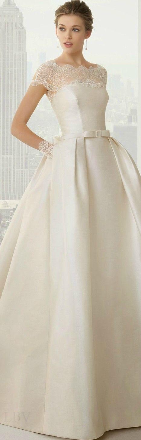 Rosa Clara 2015 Bridal   LBV ♥✤ QU'EST CRVQUE LA ROBE EST BELLE!!!!!!!!!! la dentelle est trop belle