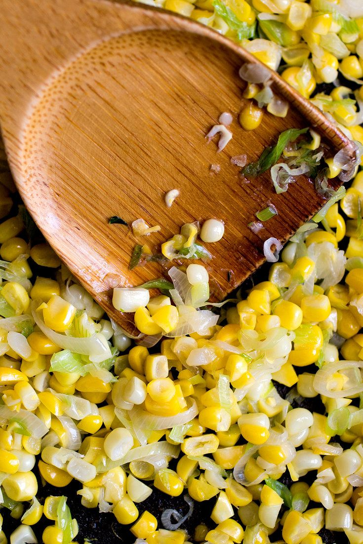 Whole sautéed corn kernels add texture and depth to the sauce. (Photo: Andrew Scrivani for The New York Times)