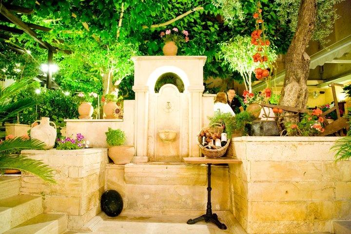 The best photo-shooting spot of Alana Restaurant... http://blog.alana-restaurant.gr/