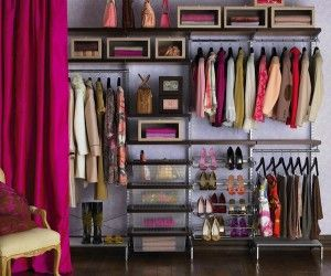 The 5 easiest ways to organize your closet. Getting organized is one of the top New Year's Resolutions.