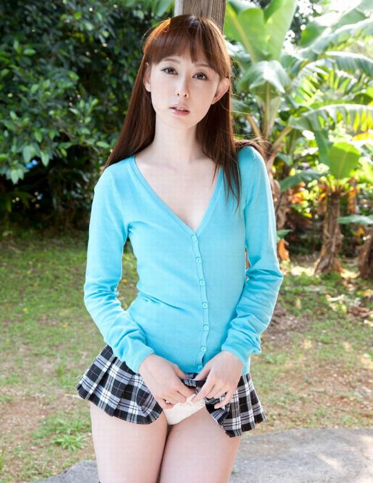Rina Akiyama Nude Photos 19