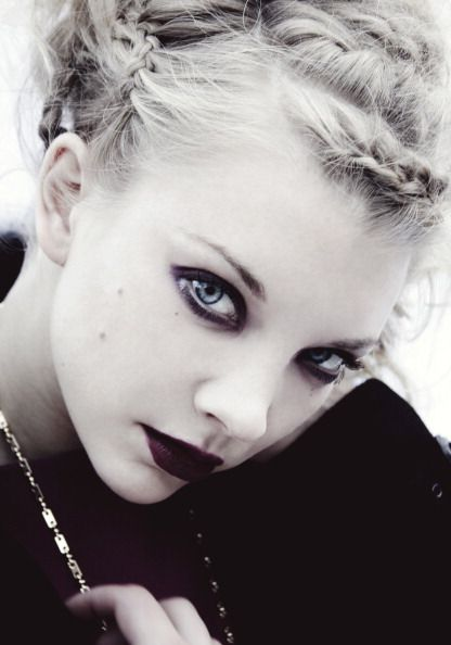Natalie Dormer this is my favorite picture of her.