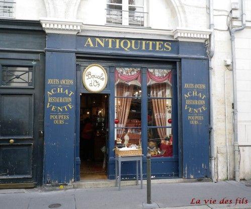 Antique shop in Tours, France Antiquité, Loire
