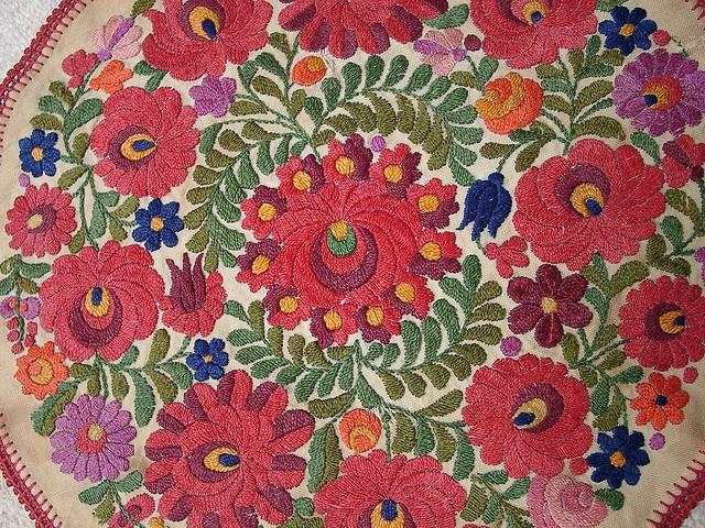 I love Kalocsa Hungarian embroidery