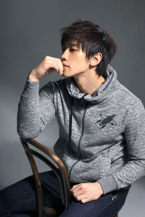 Everything about Rain is about as perfect as it gets, but his jawline takes it to a whole new level...