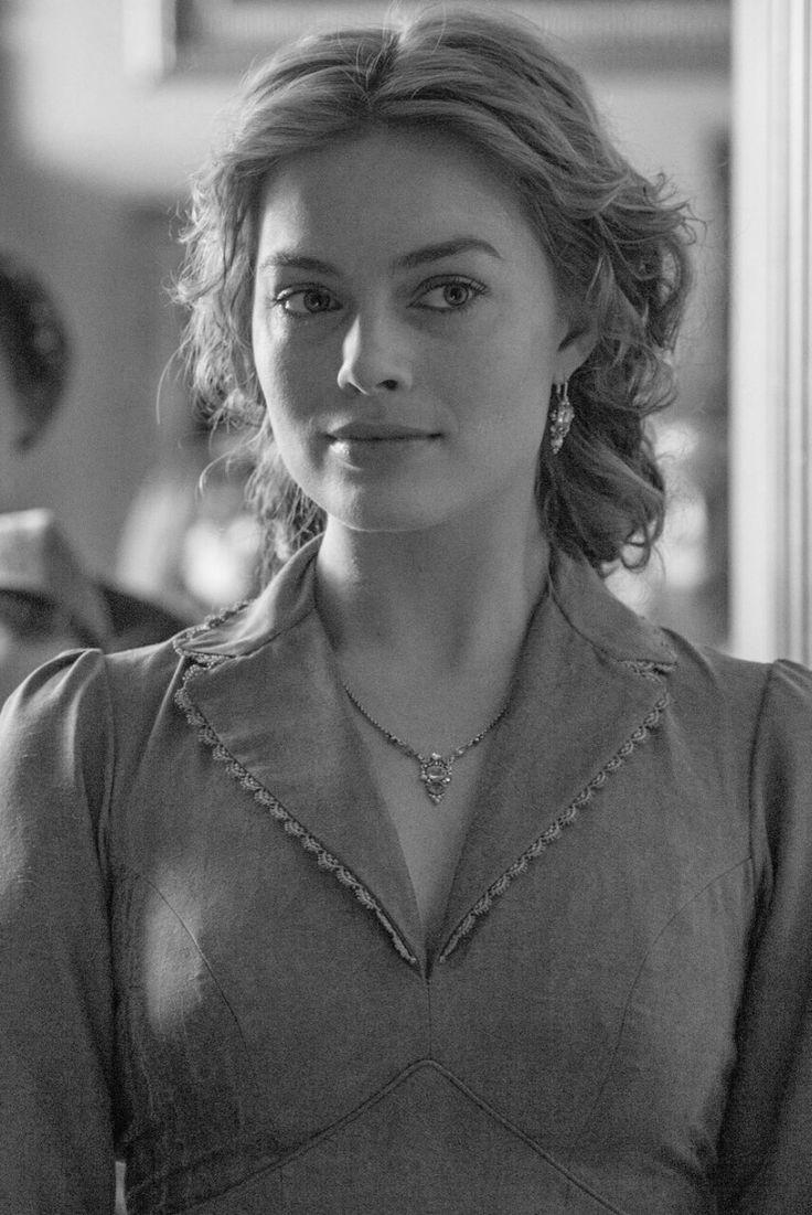 """""""Margot Robbie as Jane Porter in The Legend Of Tarzan """""""