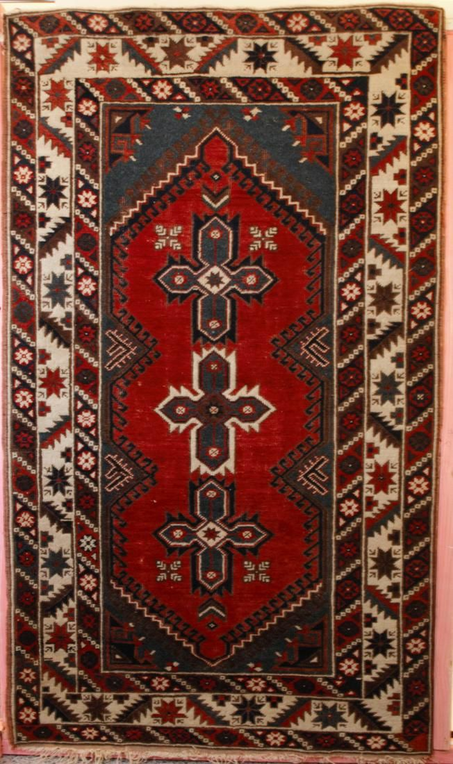 Realisations Plus Public Auctions Rugs Carpets Rugs On Carpet Rugs Carpet