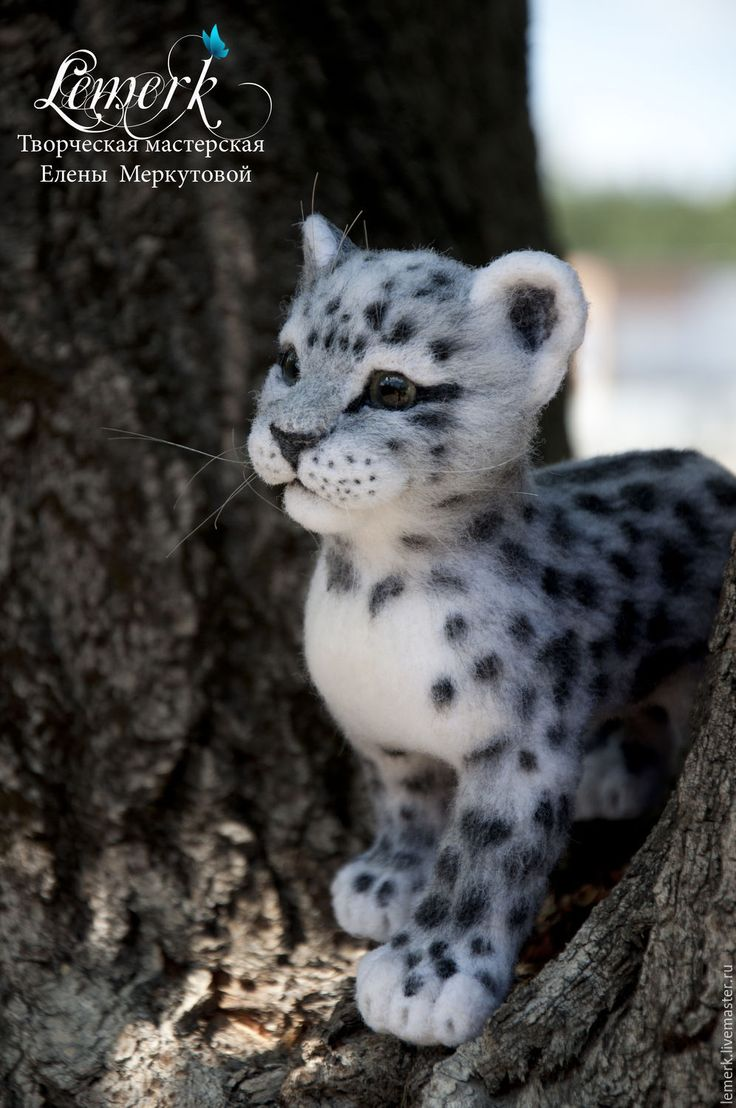 Needle felted Snow Leopard by Elena Lemerk from Moscow