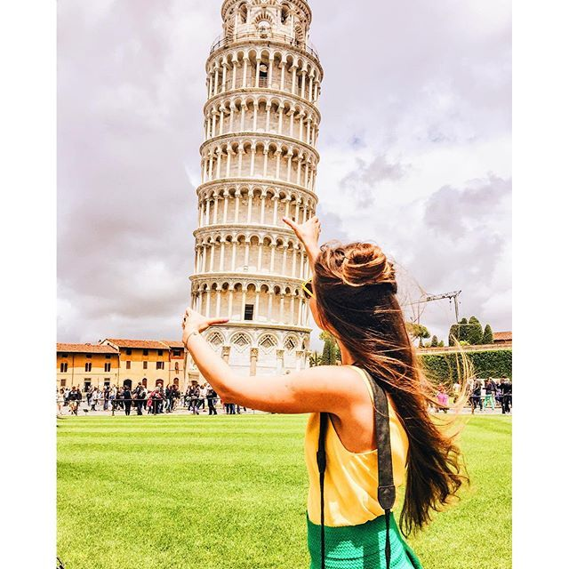 We did it :yellow_heart: it's so fun to be near Pisa tower and see how everyone wants to pose with the tower:joy: