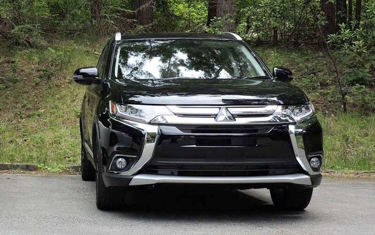 2018 Mitsubishi Outlander overview