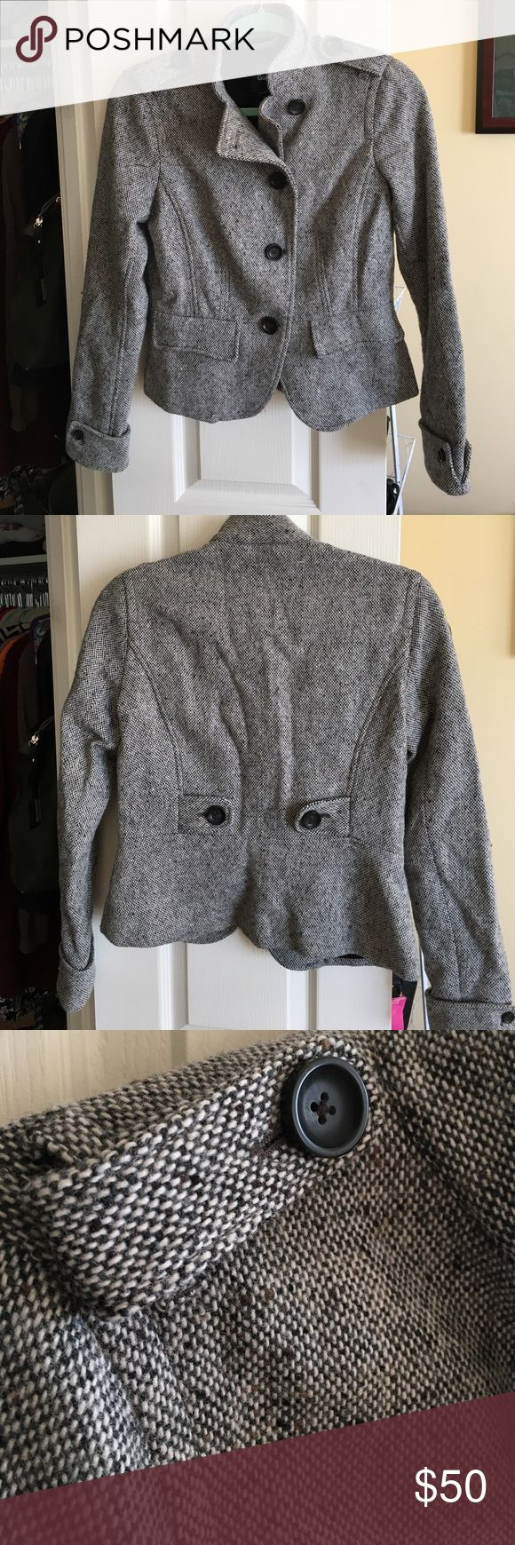 Women's tweed jacket Tweed jacket, black and white with specs of brown. Faux pockets. Tailored seam at waist, and hits right at top of hips. In great condition and the perfect lightweight jacket to dress up any outfit. GAP Jackets & Coats