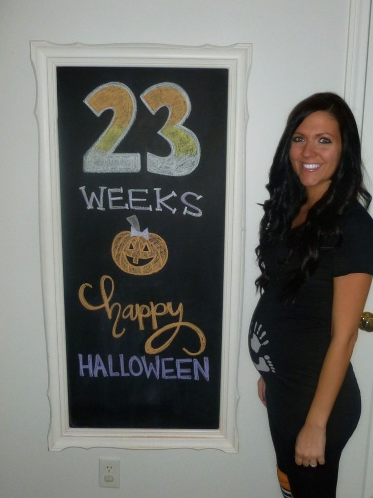 baby bump chalkboard pictures