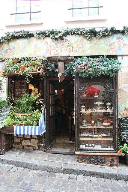 Restaurant Le Poulbot, Montmartre, Paris