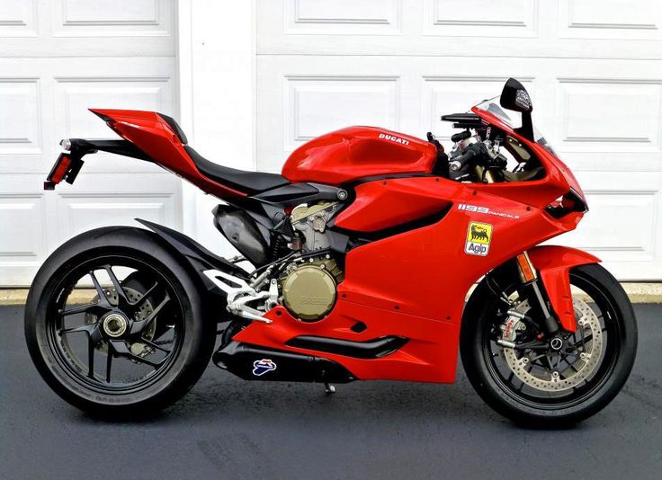 Ducati 1199 Panigale.. I will stop with this bike :) www.alienmoto.se