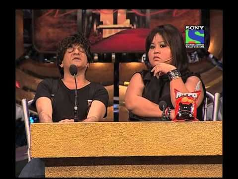 Sharad, Bharti and Paresh enacts the judges - Episode 9